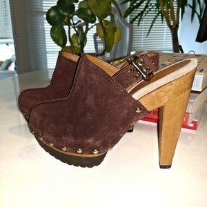 Michael Kors Clogs Wooden Heel Sandals Size 8M